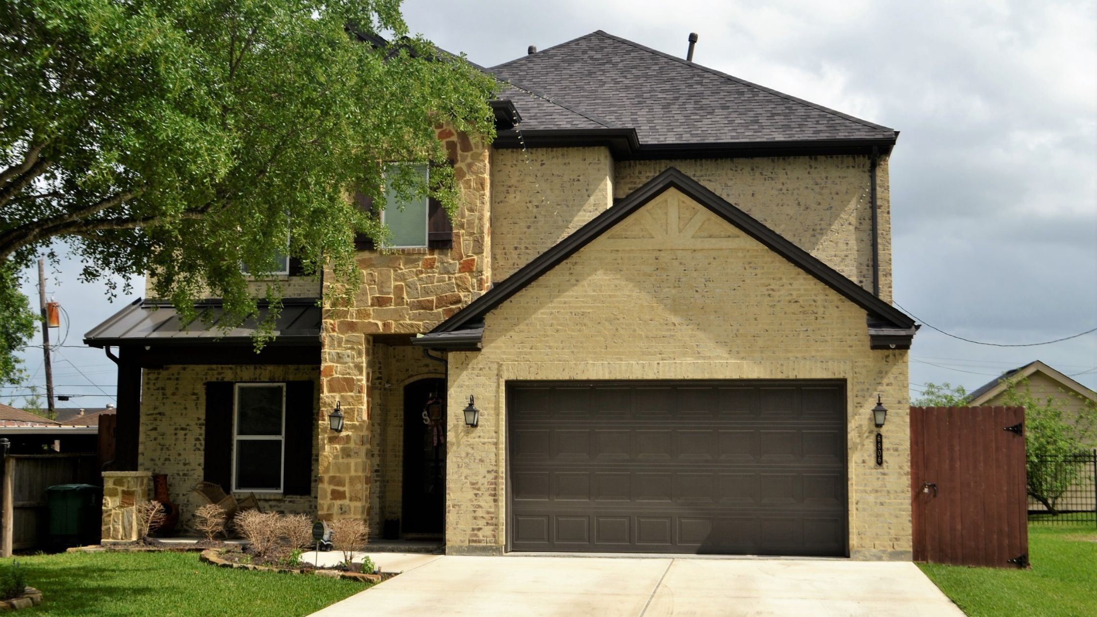 Does Your Sugar Land Home Need a Root Barrier?